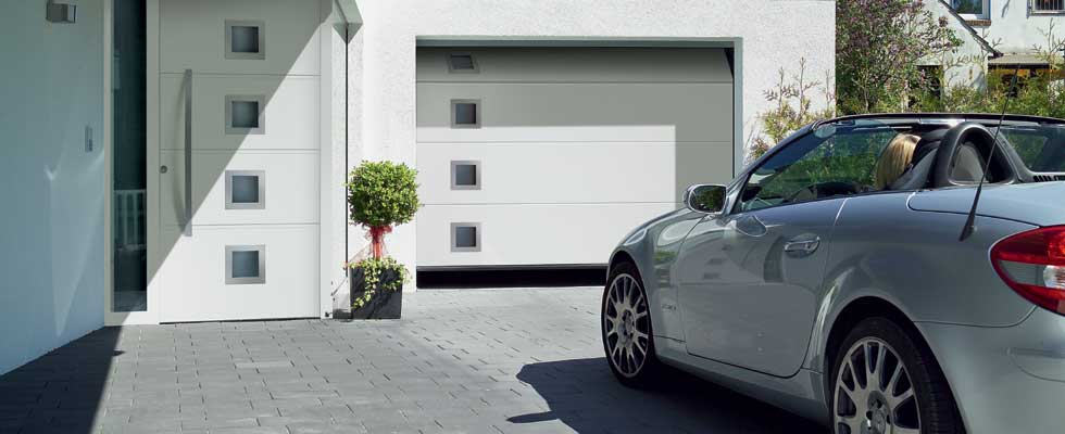 Sectional garage door